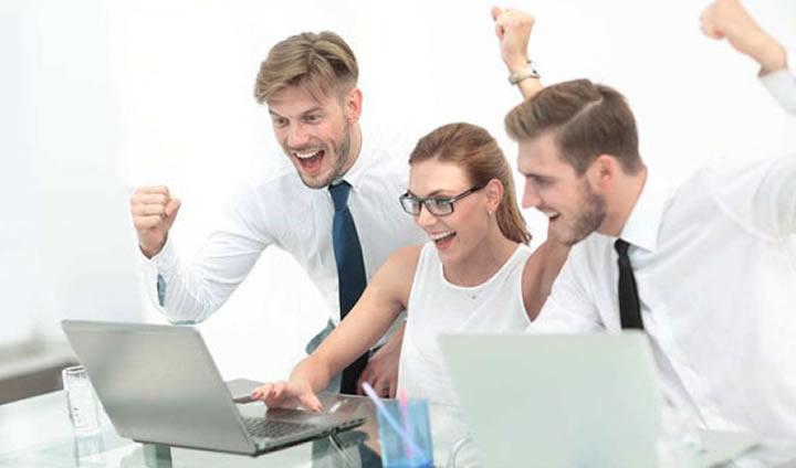 移动CRM企业管理解决方案,让销售工作更简单